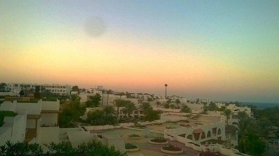 Royal Grand Sharm Hotel: sunset