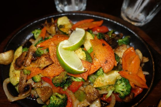 Mexi's: Grilled veggies for the vegetarian fajitas