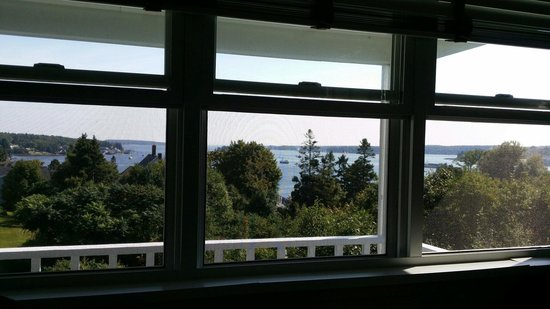 Topside Inn: View out of the windows, room 23.
