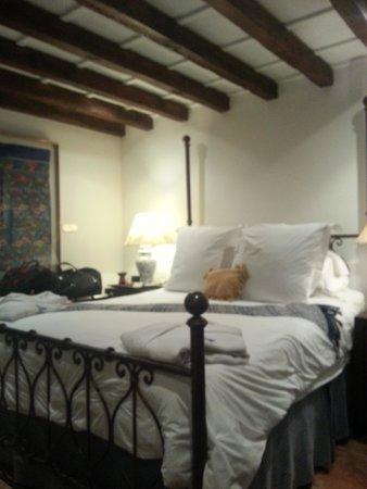 Casa Encantada: Room 6