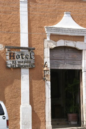 Restaurante El Meson del Marques: look closely for the hotel sign or you will miss it