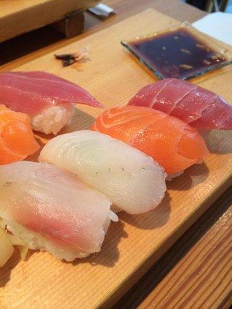 Yamayu Santatsu : Sushis délicieux!