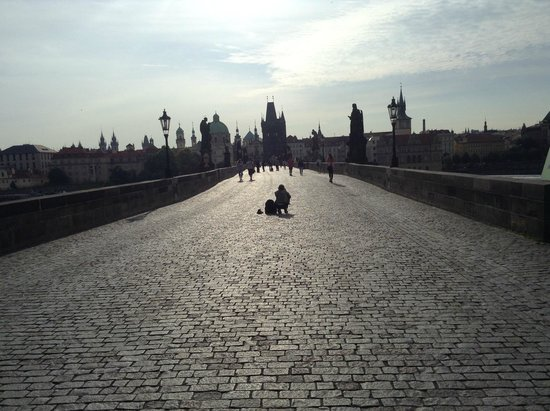 Discover Prague Tours : Gateway to freedom