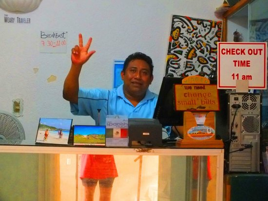 Weary Traveler Hostel: Best Person at the Desk