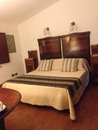 Quercia Rossa Farmhouse: La chambre
