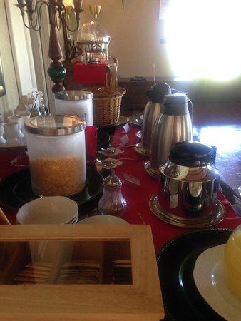 Quercia Rossa Farmhouse: Petit déjeuner buffet