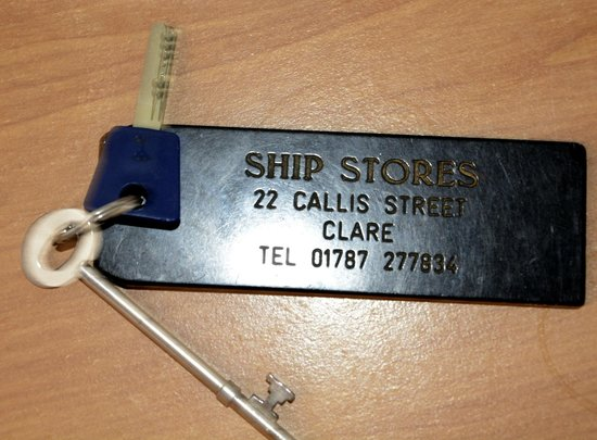 Ship Stores Guest House: Room key