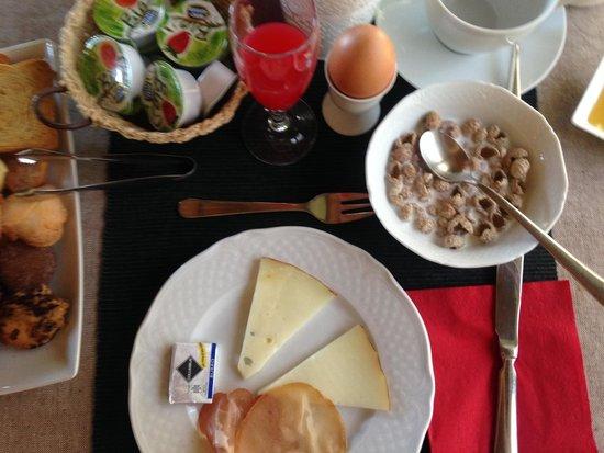 Quercia Rossa Farmhouse: Petit Déjeuner (buffet au choix)