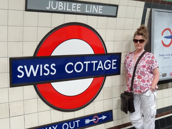 Best Western Swiss Cottage Hotel: Good tube connections 2 mins from hotel!