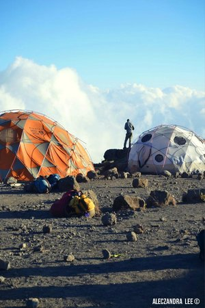 Kilimandscharo-Massiv (Kilimanjaro): Looking for signal :)
