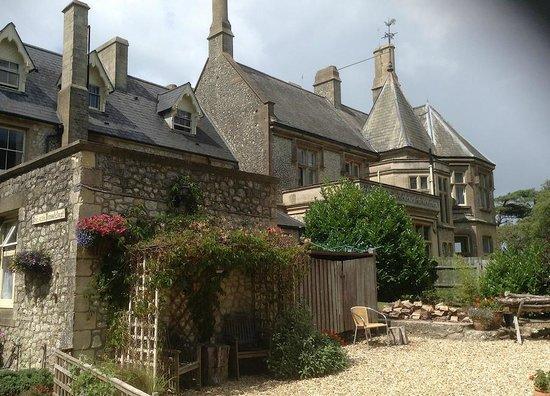 Weston Manor Bed & Breakfast: The Manor