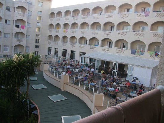 ClubHotel Riu Costa del Sol: Terrace Bar