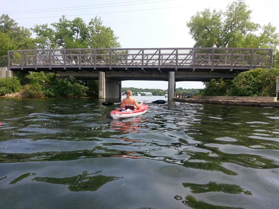 Excelsior, MN: Kayak and Paddleboard Rentals at Tommy's Tonka Trolley