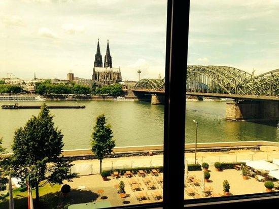Hyatt Regency Cologne : * stunning view *