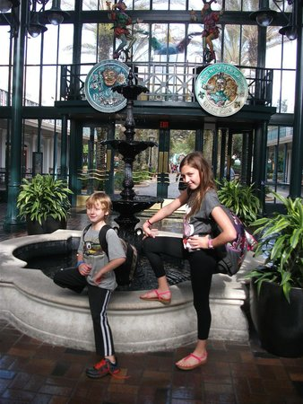 Disney's Port Orleans Resort - French Quarter: Beautiful Entry way to hotel