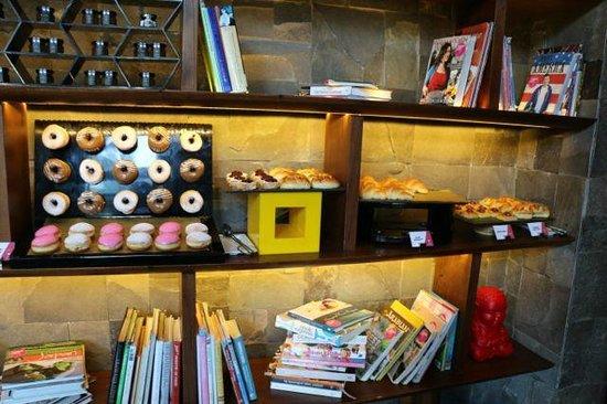 W Retreat & Spa Bali - Seminyak : my favourite breakfast corner