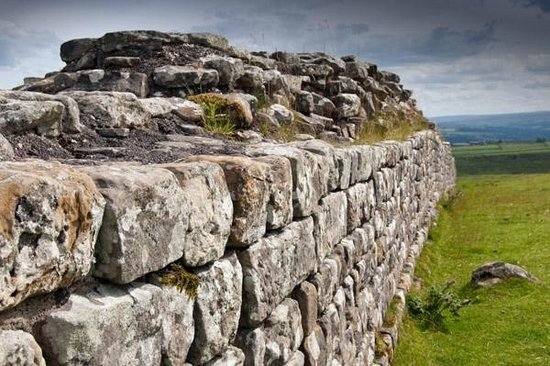 The Hill on the Wall Country Guest House: Hadrian's Wall - Roman Wall