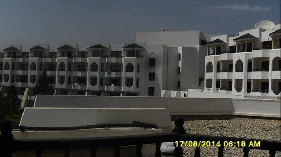 Orient Palace Hotel: vue de ma chambre