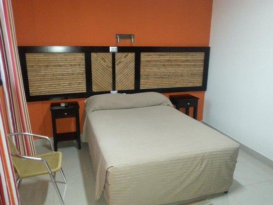 Ag Rooms Hotel By Alamar : habitacion