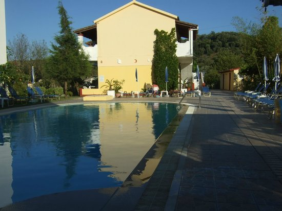 Dimitra Hotel : We loved the 4 studios separate from the main Dimitra studios