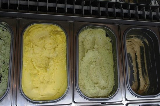 Eating Italy Food Tours: No meal is complete without a little gelato to finish