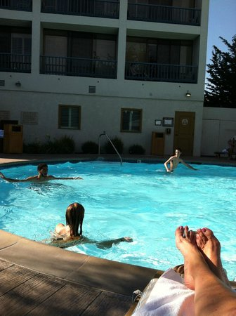 Portola Hotel & Spa at Monterey Bay: Pool