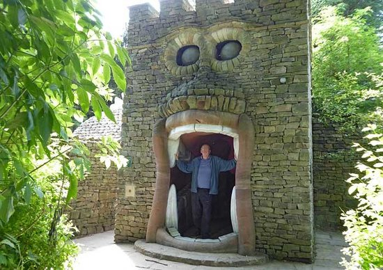 The Forbidden Corner: Entrance to the BIG mouth