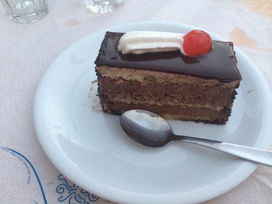 Pizzeria Napoli Restaurant : Choc cake! Yummm