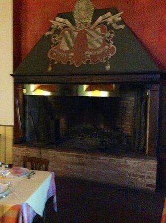 Il Castello di Sismano: camino meraviglioso