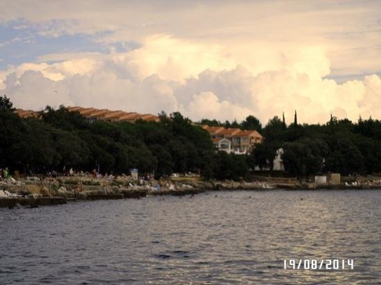 All-inclusive Resort Funtana: dalla scogliera...