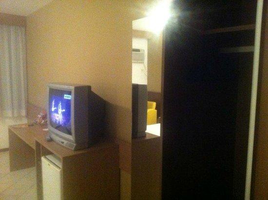 Atoba Praia Hotel: TV