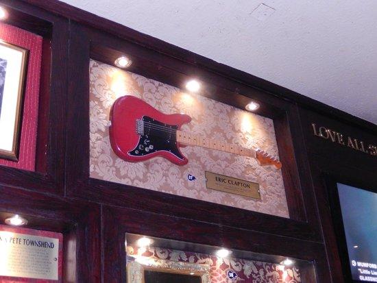 Hard Rock Cafe: Hard Rock