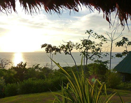 Punta Marenco Lodge: Fin de journée depuis la terrasse de la salle commune