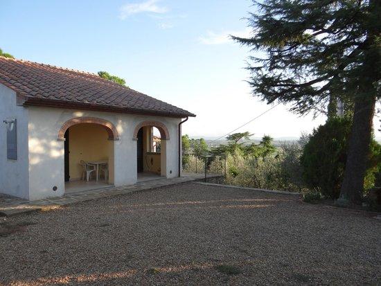Agriturismo La Maesta: L'ingresso della casa
