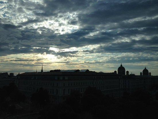 25hours Hotel beim MuseumsQuartier: view from my panorama suit