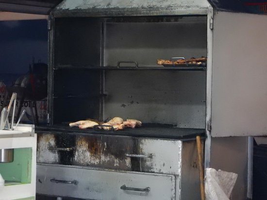 Scooby's: Real Grill!