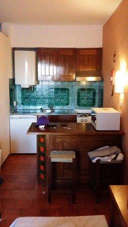 Albufeira Jardim - Apartamentos Turísticos : Kitchen area