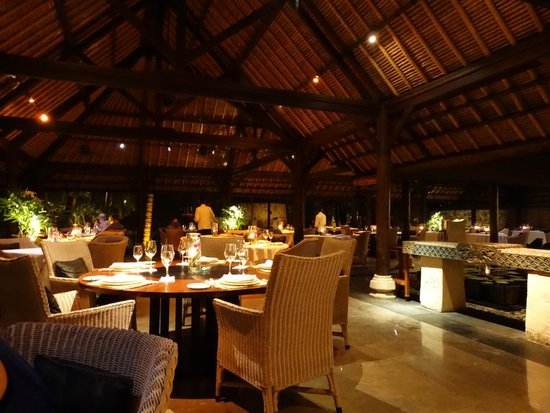 The Oberoi Bali: the main dining room