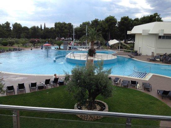 Olympia Hotel: Piscine