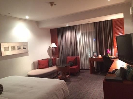 Amari Watergate Bangkok: Hotel room