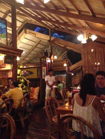 Kalui Restaurant: Restaurant Decor
