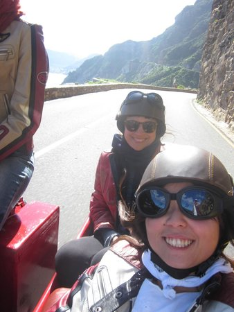 Cape Sidecar Adventures: Happy friends