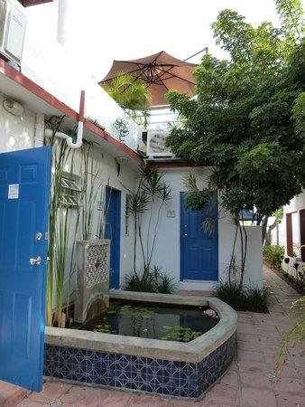 Tres Palmas Inn: Camere