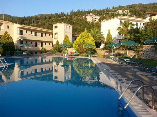 Strand von aghios nikitas - Picture of Santa Marina Hotel, Agios ...