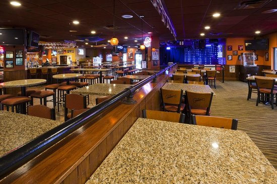 Torge's Live Sports Pub & Grill: Torge's Live Stage
