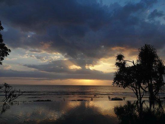 Qunci Villas Hotel: Coucher de soleil