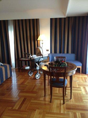 Terrazzo Foto Di Hotel Royal Continental Napoli Tripadvisor