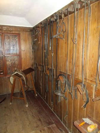 Peckover House: Stables - Listen to the sound effects
