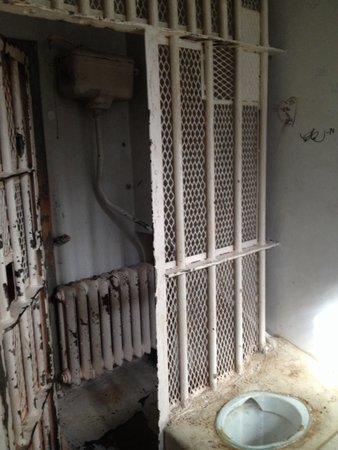 Hotel Katajanokka: La cella d'isolamento lasciata come era.