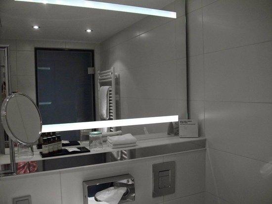 Pullman Munich: Design bathroom